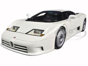 BUGATTI-EB110-GT-WHITE-1-18-DIECAST-CAR-MODEL-BY-AUTOART-70978