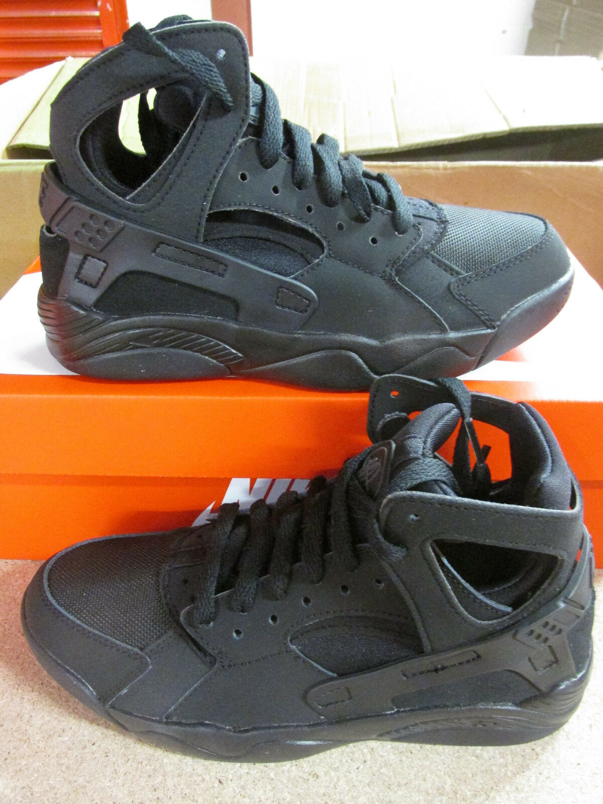 Nike flight huarache (GS) hi top trainers 705281 009 sneakers shoes