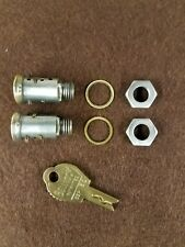 2 DUNCAN/MILLER 60/76 PARKING METER MALE LOCK CYLINDERS, RESTRICTED KEY & 2 NUTS