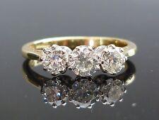 Stunning 18ct gold 0.85ct 3 Brilliant cut diamond ring HIGH QUALITY DIAMOND m21
