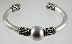 Vintage-Mexican-Taxco-Sterling-Silver-Ball-Cuff-Bracelet-925-TD-77-26-1-G-Weight