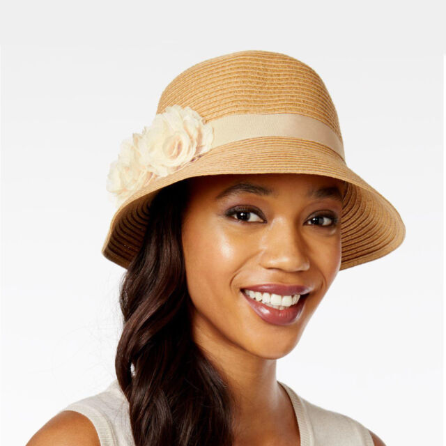 6582a508 New AUGUST Floral Applique Toyo Straw Cloche Sun Hat Crushable Womens  Natural