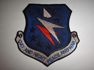 Vietnam-Guerra-USAF-14th-Air-Commando-Wing-034-Giorno-e-Notte-Pace-034-Toppa