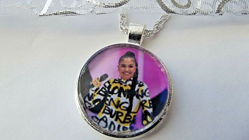Mabel Singer Photo Pendant 16 18 20 22 Inch Chain Necklace In Gift Box Birthday