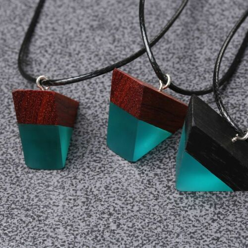 Colored Women//Men Necklace Triangle Sandalwood Resin Wood Pendant