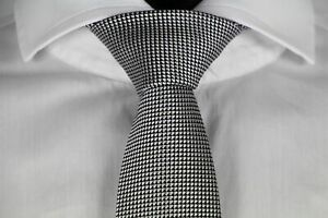 HUGO-BOSS-TAILORED-KRAWATTE-Seide-Hand-Made-in-Italy-Open-Grey