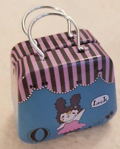 RAR-Small-Handbag-Made-of-Metal-for-The-Little-Barendame