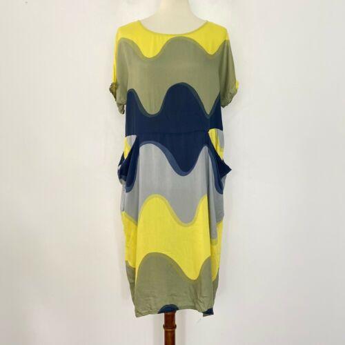 Marimekko Size XL Shift Dress Wave Stripe Round Ne