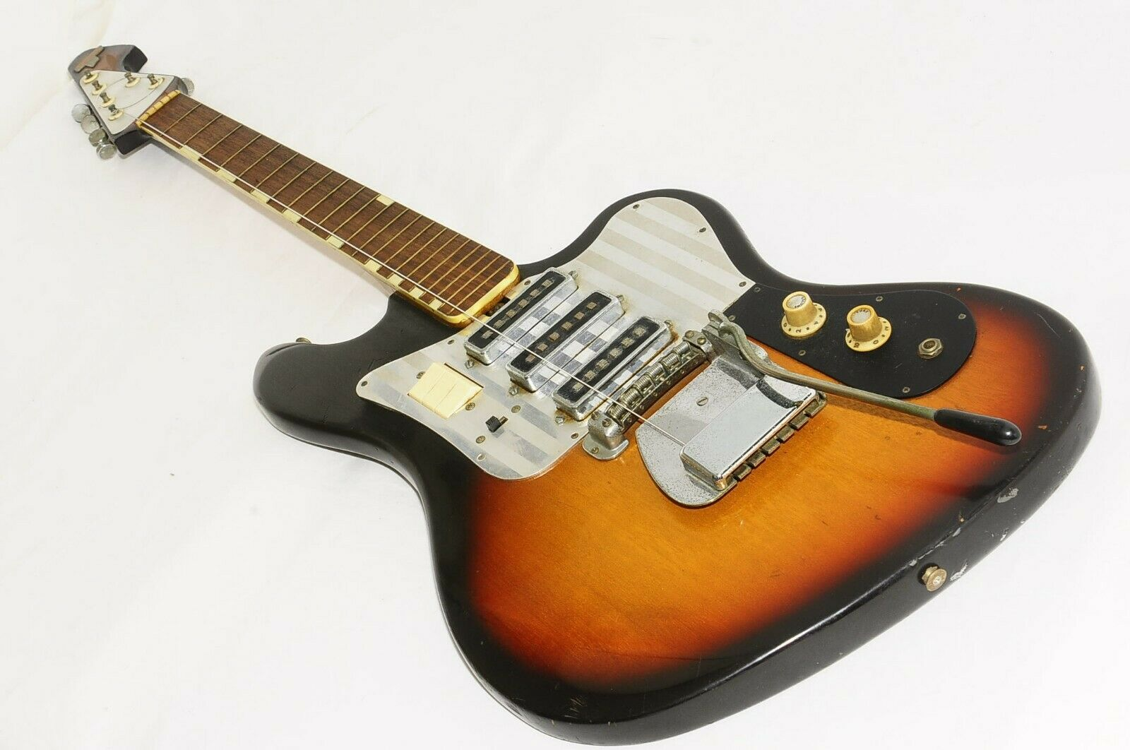 TECISCO Zigaretten Sunburst Electric Guitar RefNo