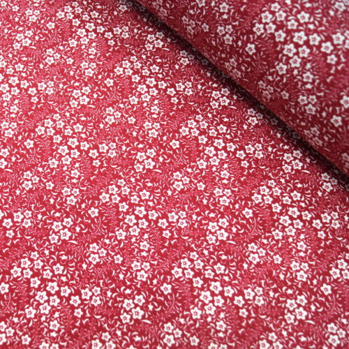 100/% Cotton Poplin Fabric John Louden White Flowers Bunched Floral Stars