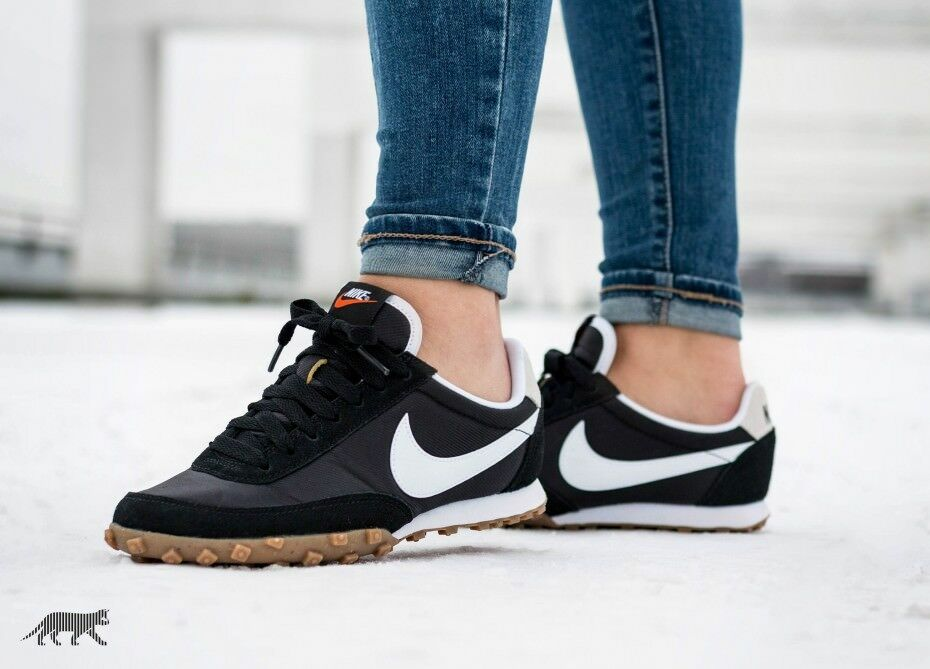 Nike WMNS Waffle Racer size 7.5. Black White Gum. 881183-001. internationalist.