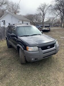 2002 Ford Escape Gray plastic trim