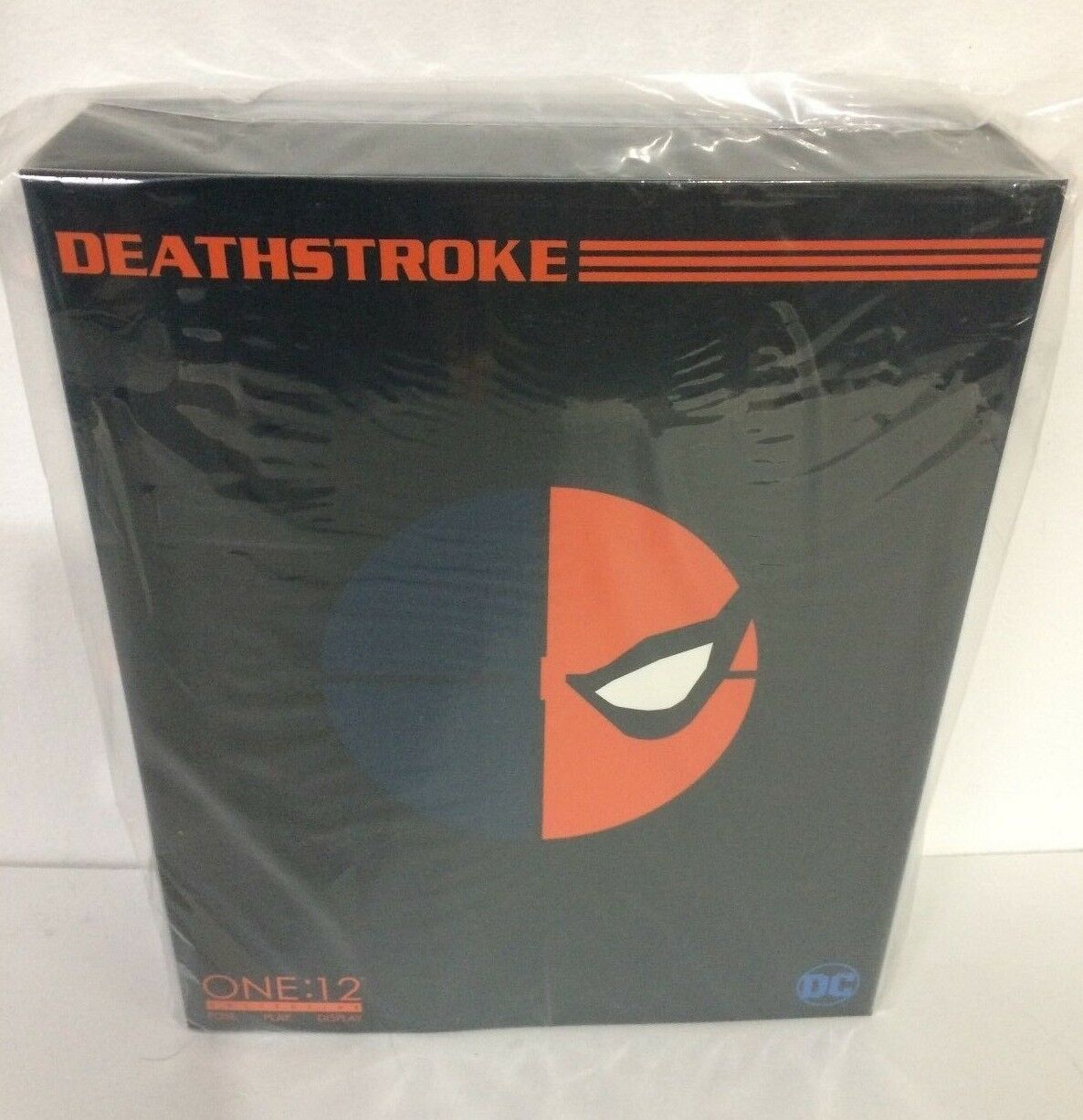 NEW Mezco One 12 Collective DC Comics Deathstroke 6  Action Figure Slade Wilson