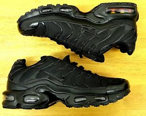 Nike Air Max PLUS TN MEN S ALL BLACK ON BLACK UK SIZE 9 US 10 EUR 44 ... b599259b1