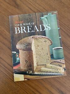 Vintage SUNSET COOK BOOK OF BREADS Cookbook 1972 EXCELLENT CONDITION