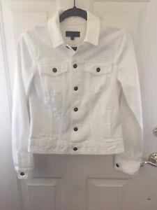 Talbots-White-Stretch-Cotton-Denim-Classic-Button-Front-Jean-Jacket-size-S