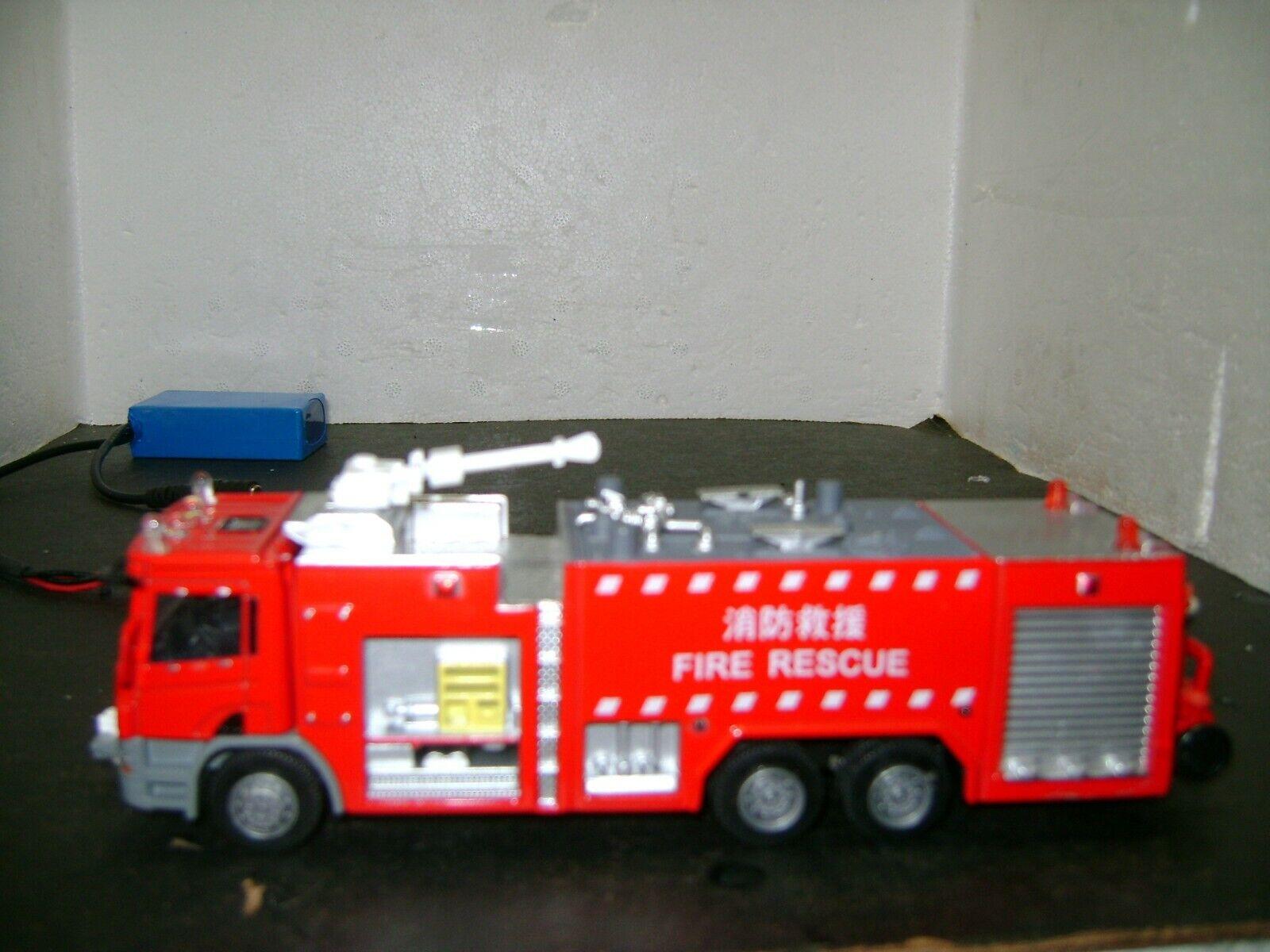 Escala 1 50 Camión De Bomberos Rescate con luces LED de trabajo