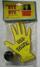 1979 Bob /'n Glow Waving hand w// suction cup for Rear car window Damn Good
