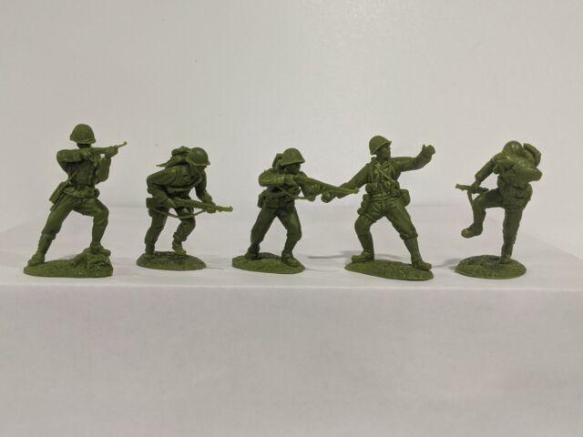 Conte WWII U.S. GI'S Bloody Omaha 5 Figures Light/Medium Green Color 1/32 B