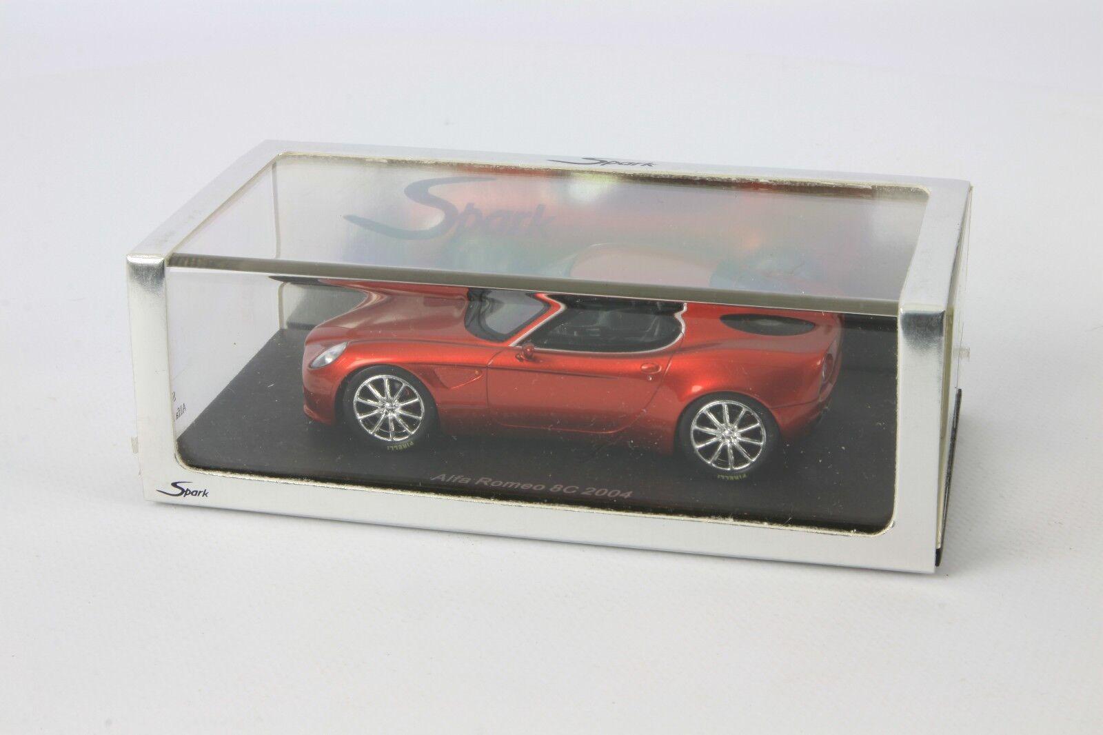 Spark Alfa Romeo 8C 2004 1 43