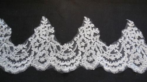 Ivory Eyelash Floral lace trim Bridal Wedding veil// hemming lace trim Per Yard