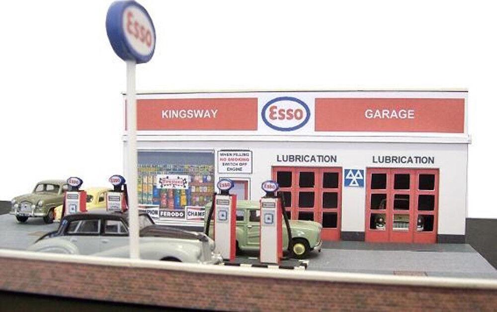 Kingsway, 00 scale, Modern filling station,  Kit build service.
