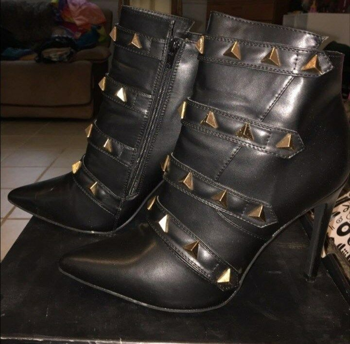 Just LIKE Fab black boots with gold studs LIKE Just BRAND NEW SIZE 10 e155c7