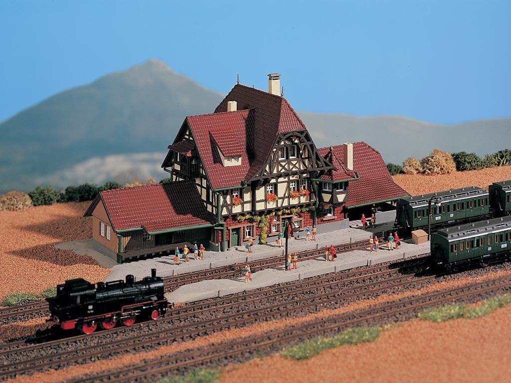 HS VOLLMER 49510 Stazione ferroviaria Neuffen Kit Traccia Z