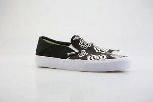 0877869665b505 Vans Men Slip-On SF - Wade Goodall black white VN08DEN3H