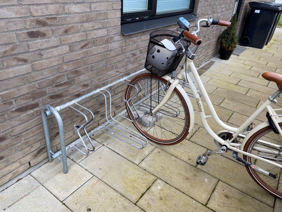 Cykelstativ, Type offentligt