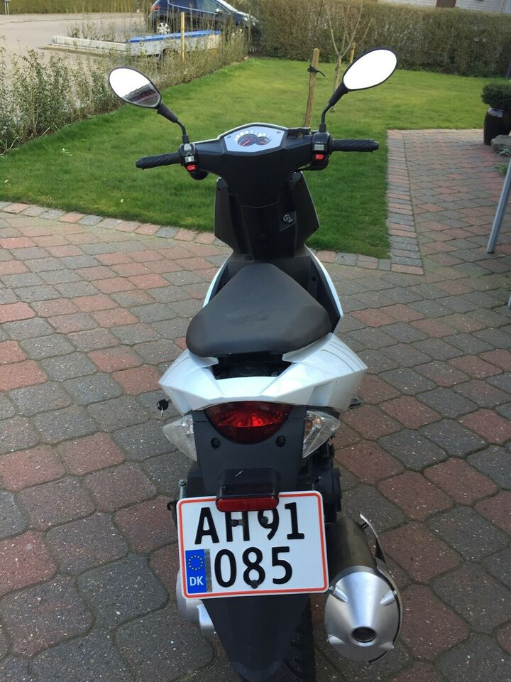 Generic For 125, 2013, 3130 km