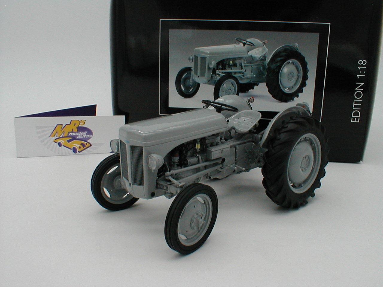 Topp riso   Schuco 00104-Ferguson TE 20 anno di costruzione 1948 GRIGIO   1 18 - 50%