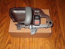 GMC C1500 RED INTERIOR INSIDE LEFT DRIVER DOOR HANDLE 1995 1996 1997 1998 1999