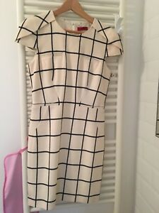 Hugo-Boss-Dress-Wool-White-With-Chequered-Black-Pattern-Size-UK-8