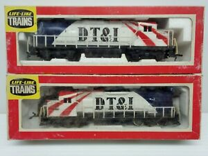 LIFE-LIKE-DT-amp-I-Bicentennial-039-76-Diesel-Locomotive-amp-Dummy-Model-Trains-HO-Scale