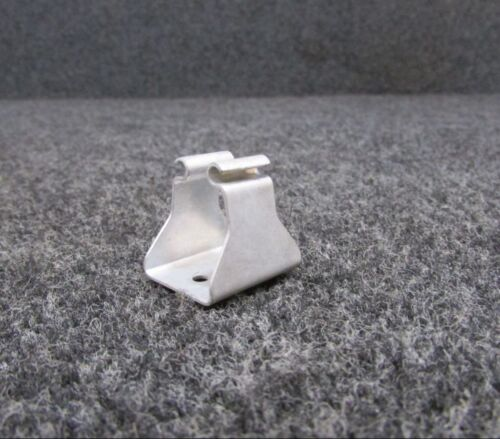 0611217 Cessna L-19 Latch NEW OLD STOCK