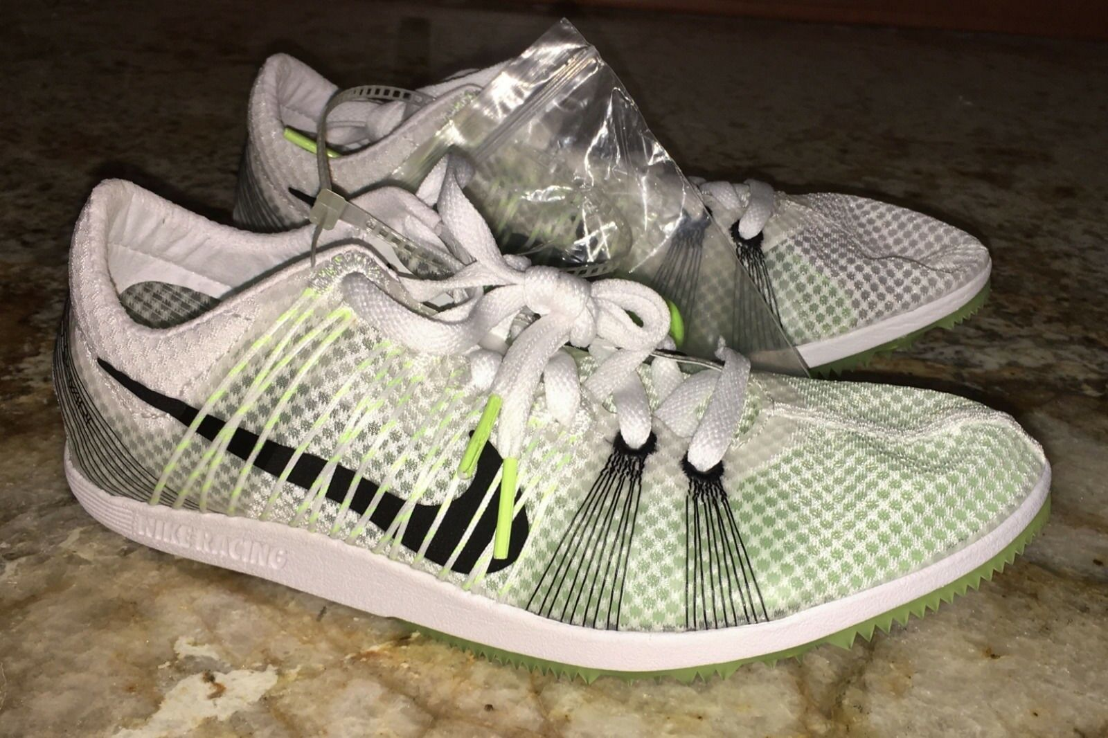 NIKE Matumbo 2 White Mid Distance Track Spikes shoes Youth 4 5 Mens 13 14 15