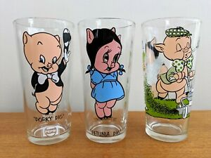 Pepsi Collector Series Glass  Tumbler 1973 Petunia Pig Looney Tunes Warner Bros