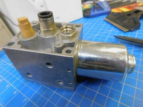 Rexroth Aventics Electro Pneumatic Pressure Regulator 561 014 133 0