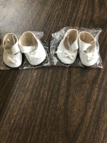 Lot of 2 Mary Jane White Shoes w//snaps for 14/'/' Dolls New in Package
