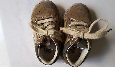 Kinder Schuhe Naturino Herbstshuhe Sand Effect braun Wildleder GR.20