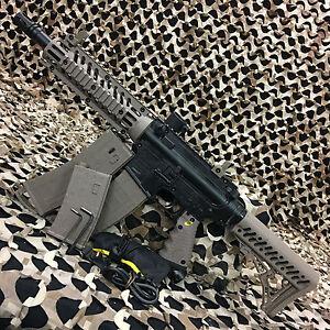 NEW-Tippmann-TMC-Tactical-Mag-fed-Hopper-fed-Paintball-Gun-Marker-Black-Tan