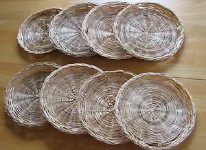 rattan wicker straw 8 paper plate holders picnic camping 9 1 2 ebay. Black Bedroom Furniture Sets. Home Design Ideas