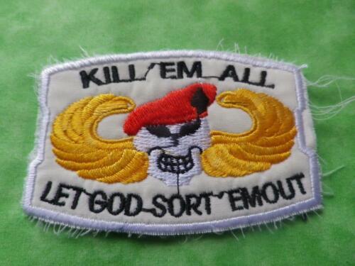"""VIETNAM US Army SPECIAL FORCES /""""KILL/""""EM ALL/"""" LET GOD SORT/"""" EM OUT B18"""