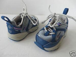 Nike Babyschuhe Größe 18