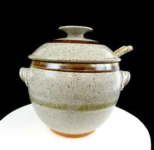 """STUDIO ART POTTERY SCHMUCKLEY SIGNED STONEWARE SPECKLED 9 1/2"""" TUREEN WITH LADLE"""