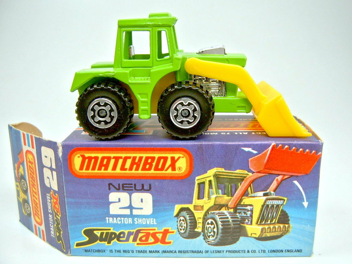 Matchbox SF Nr. 29C Tractor Shovel yellowgreen  1000 PS  Set top in Box