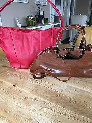 2 Handtaschen rot und braun