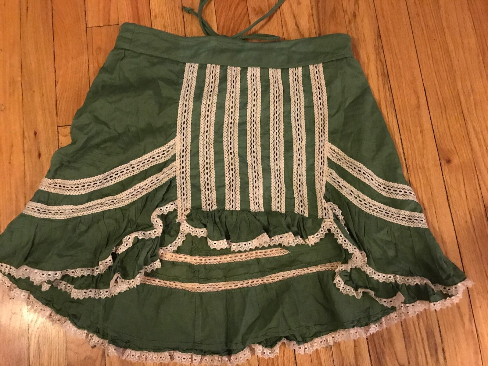 What Comes Around Green Lace Boho Skirt Size M