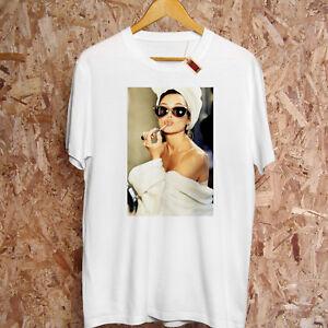 Audrey-Sunglasses-Classic-Pout-Hepburn-Lip-Gloss-TRASHED-Insta-PREMIUM-T-Shirt
